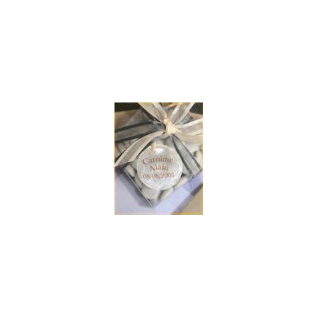Nominette blanche bijoux